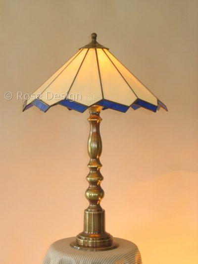 Acanthus 38 cm. een Rose Design Tiffany tafellamp.