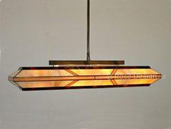 Silhouette 88 cm. een langwerpige Tiffany hanglamp van Rose Design. Standaard uitgevoerd met een enkele stang ophanging